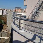 2 yatay emniyetli paslanmaz balkon korkuluğu