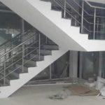 Yatay Emniyetli Paslanmaz Merdiven Korkuluğu (12)